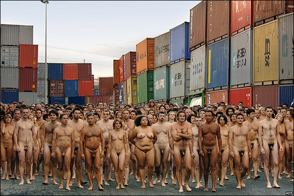hombres y mujeres desnudos videos: