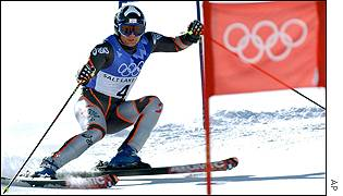 Austria's Stephan Eberharter wins the men's giant slalom