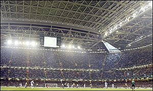 The roof on the Millennium Stadium was shut for the final