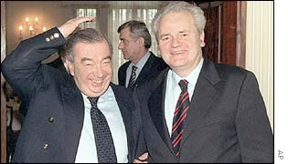 Yevgeny Primakov (left) and Slobodan Milosevic during the talks in Belgrade in 1999.