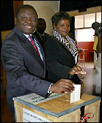 Morgan Tsvangirai votes