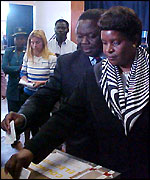 Morgan Tsvangirai votes with his wife