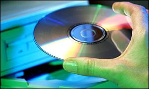 CD sales in the US dropped by 10% in 2001