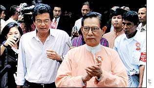 UN special envoy Razali Ismail, left, and NLD opposition member Tin Oo, front right,  Rangoon, August 2001