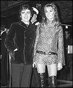 Moore with wife Suzy Kendall in 1971
