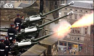 Edinburgh Castle 41 gun salute