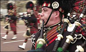 Scots Guards pipes on The Mall