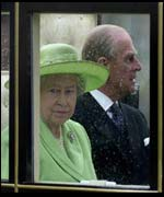 the Queen and Prince Philip on their way to the Mound