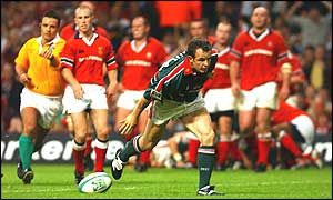Austin Healey's late try wins the Heineken Cup for Leicester