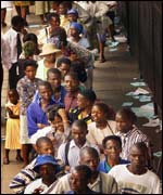 Queueing for food in Zimbabwe