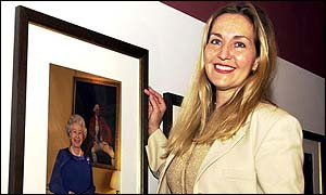 Press Agency photographer Fiona Hanson with her picture of the Queen which will go on display