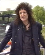 Brian May on Buckingham Palace roof