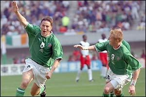 Matt Holland equalises for Ireland with a 20-yard drive in the 52nd minute