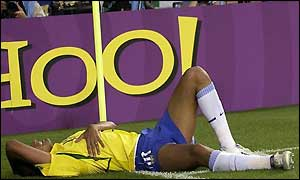 Rivaldo went down after Hakan Unsal kicked the ball at him