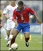 Ronald Gomez in action for Costa Rica