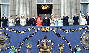 The Royals on the balcony