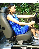 Chinese model shows off a Hyundai car seat
