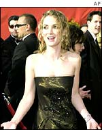 Winona Ryder at the 2001 Oscars