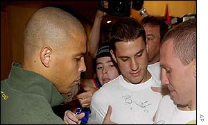 Ronaldo signs autographs for fans