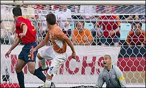 Fernando Morientes heads Spain's equaliser against Paraguay
