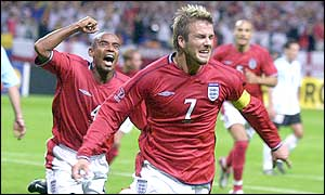 David Beckham and Trevor Sinclair celebrate England's opening goal
