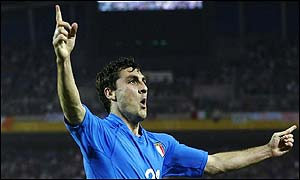 Christian Vieri celebrates scoring against Croatia