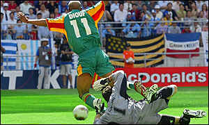 El Hadji Diouf goes down
