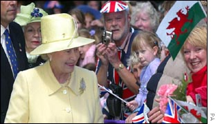 Her Majesty greets well-wishers at Bangor