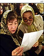 Women at loya jirga
