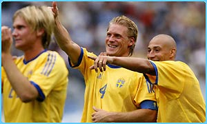 Sweden celebrate winning their group