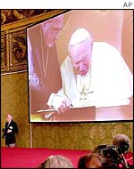 Pope signs the environment document