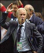 Italian coach Giovanni Trapattoni's reaction to Del Piero's goal against Mexico