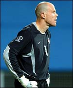 USA keeper Brad Friedel