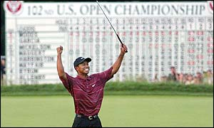Tiger celebrates his eighth major