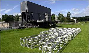 Workers erect concert stage in Phoenix Park