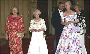 The Queen and  Queen Beatrix of Holland (r) and Queen Margrethe of Denmark