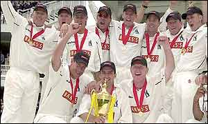 Warwickshire celebrate their cup victory