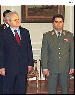 Former Yugoslav leader Slobodan Milosevic with General Pavkovic