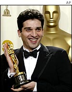 Danis Tanovic with his Oscar