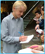 Tom Felton doing a marathon siging session