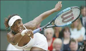 Venus loses her grip on the game and Serena serves for the match