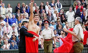 A streaker makes his point on Centre Court