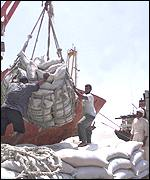 Unloading food in Iraq