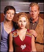 Teri Bauer, played by Leslie Hope, with screen daughter Kim, played by Elisha Cuthbert, and husband Jack, played by Kiefer Sutherland