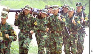 Chinese soldiers exercise at the Peoples Liberation Army�s 196 Brigade camp