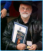 Terry Pratchett with his Carnegie Medal