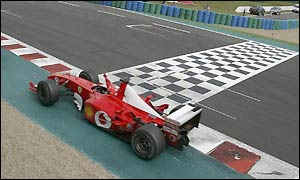 Michael Schumacher clinches his fifth world title