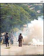 Teargas at Zimbabwe University