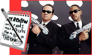 Tommy Lee Jones and Will Smith star in Men In Black II