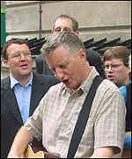 Billy Bragg and MPs Watson, Wright and Brennan